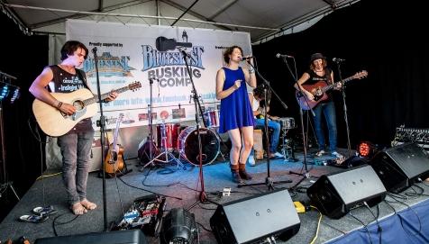 Hussy Hicks Bluesfest2016 GreyRose HH06